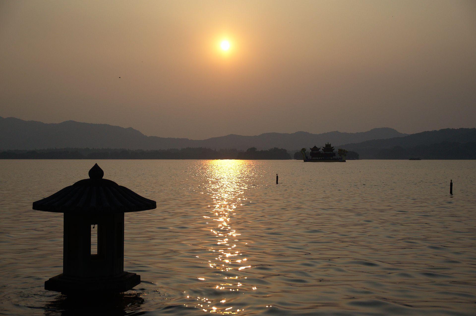 El Lago del Oeste de Hangzhou
